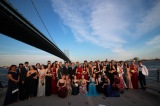 Juniors pose for pictures with friends at Race Street Pier. PC: Steven Pugsley
