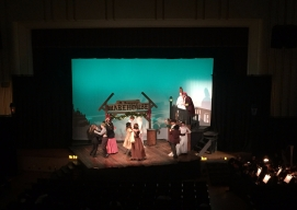 Central invited local elementary school students to the final dress rehearsal. PC: Jana Pugsley (277)
